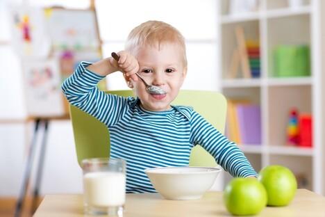 The Confident Eater children eating