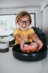 10 ways to help a picky eater eat new foods, especially fruit and vegetables. #helpforpickyeaters, #helpforpickyeating, #Foodforpickyeaters, #theconfidenteater, #wellington, #NZ, #judithyeabsley, #helpforfussyeating, #helpforfussyeaters, #fussyeater, #fussyeating, #pickyeater, #pickyeating, #supportforpickyeaters, #winnerwinnerIeatdinner, #creatingconfidenteaters, #newfoods, #bookforpickyeaters, #thecompleteconfidenceprogram, #thepickypack, #Recipesforpickyeaters