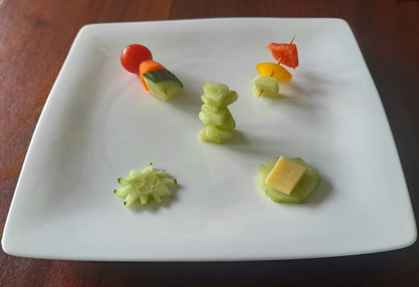 Cucumber traffic lights – helping picky eaters and fussy eaters with fun ways to try new foods #cucumbertrafficlights #funcucumberideas #cucumberrecipes #trynewfoods #funfoodsforpickyeaters, #funfoodsdforfussyeaters, #Recipesforpickyeaters, #helpforpickyeaters, #helpforpickyeating, #Foodforpickyeaters, #theconfidenteater, #wellington, #NZ, #judithyeabsley, #helpforfussyeating, #helpforfussyeaters, #fussyeater, #fussyeating, #pickyeater, #pickyeating, #supportforpickyeaters, #winnerwinnerIeatdinner, #creatingconfidenteaters, #newfoods, #bookforpickyeaters, #thecompleteconfidenceprogram, #thepickypack