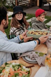 5 proven ways to help fussy eaters – eating together| Fussy Eating NZ #theconfidenteater, #fussyeatingNZ, #pickyeatingNZ #helpforpickyeaters, #helpforpickyeating, #recipespickyeaterswilleat, #recipesfussyeaterswilleat #winnerwinnerIeatdinner, #Recipesforpickyeaters, #Foodforpickyeaters, #wellington, #NZ, #judithyeabsley, #helpforfussyeating, #helpforfussyeaters, #fussyeater, #fussyeating, #pickyeater, #pickyeating, #supportforpickyeaters, #winnerwinnerIeatdinner, #creatingconfidenteaters, #newfoods, #bookforpickyeaters, #thecompleteconfidenceprogram, #thepickypack, #funfoodsforpickyeaters, #funfoodsdforfussyeaters