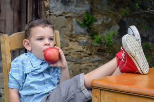 10 strategies to help a fussy eater in lockdown. Fussy eaters NZ, Judith Yeabsley Fussy Eating NZ, child eating an apple #lockdownhelpfussyeating, #lockdownforfussyeaters, #lockdownforpickyeaters, #theconfidenteater, #fussyeatingNZ, #pickyeatingNZ #helpforpickyeaters, #helpforpickyeating, #recipespickyeaterswilleat, #recipesfussyeaterswilleat #winnerwinnerIeatdinner, #Recipesforpickyeaters, #Foodforpickyeaters, #wellington, #NZ, #judithyeabsley, #helpforfussyeating, #helpforfussyeaters, #fussyeater, #fussyeating, #pickyeater, #pickyeating, #supportforpickyeaters, #creatingconfidenteaters, #newfoods, #bookforpickyeaters, #thepickypack, #funfoodsforpickyeaters, #funfoodsdforfussyeaters