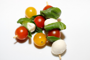 My fussy eater hates vegetables – and what to do. Fussy eaters NZ, Judith Yeabsley Fussy Eating NZ, advice for veggie competence, veggie skewers, #eatmoreveggies, #veggiesforpickyeaters, #veggiesforfussyeaters, #helpaddingfoodsfussyeating, #helpfortoddlerfussyeaters, #helpfortoddlerpickyeaters, #helpaddingfoodforpickyeaters, #theconfidenteater, #fussyeatingNZ, #pickyeatingNZ #helpforpickyeaters, #helpforpickyeating, #recipespickyeaterswilleat, #recipesfussyeaterswilleat #winnerwinnerIeatdinner, #Recipesforpickyeaters, #Foodforpickyeaters, #wellington, #NZ, #judithyeabsley, #helpforfussyeating, #helpforfussyeaters, #fussyeater, #fussyeating, #pickyeater, #pickyeating, #supportforpickyeaters, #creatingconfidenteaters, #newfoods, #bookforpickyeaters, #thepickypack, #funfoodsforpickyeaters, #funfoodsdforfussyeaters